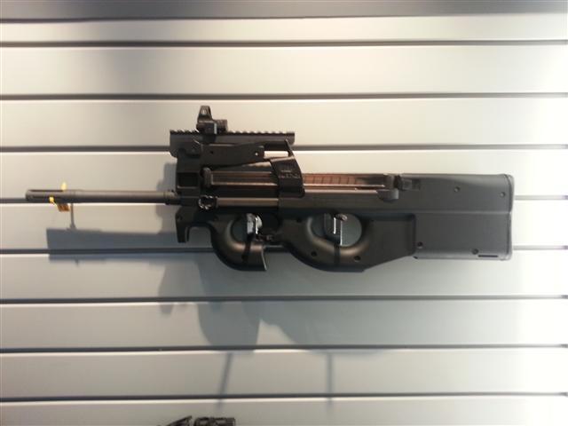 FN PS90 Gun